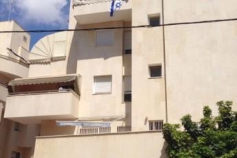Продажа коттеджей в израиле недвижимость в греции у моря недорого купить